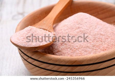 Himalayan pink crystal salt high resolution image
