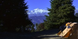 Himalayan snowpeaks from the Deoriatal
