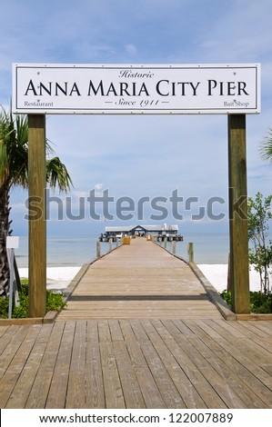 Historic Anna Maria City Fishing Pier on Anna Maria Island, Florida