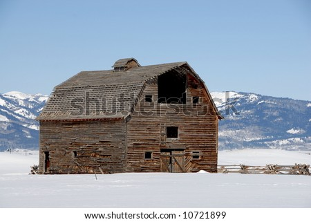 Historic Barn in the mountains