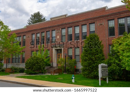 Historic buildings on Summer Street near Main Street in Maynard historic town center in summer, Maynard, Massachusetts MA, USA. Zdjęcia stock ©