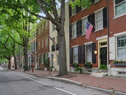 Historic street in Society Hill district of Philadelphia with colonial buildings