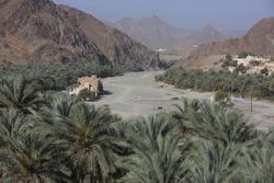 historical deserted houses in Oman