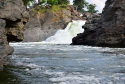 Hogenakkal Mountain Falls portion