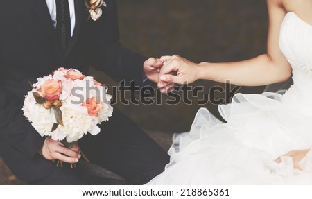 hold me, trust me, marry me today !