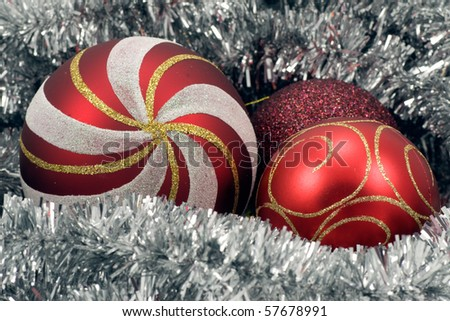 Holiday background. red Christmas balls and garland