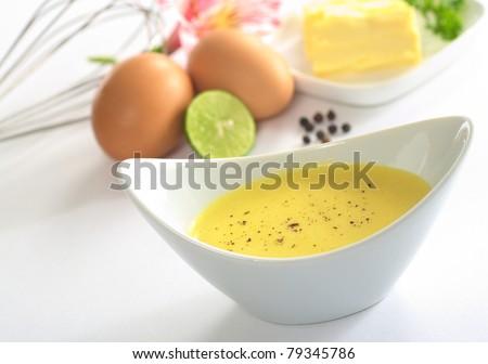Как сделать яичный соус