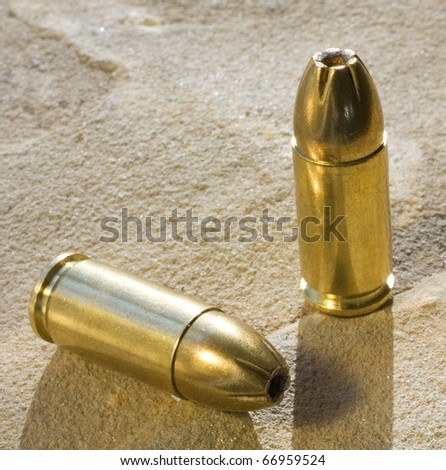 hollowpoint ammo in cartridges for a handgun
