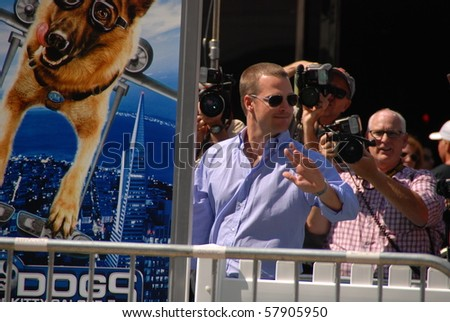 HOLLYWOOD, CA-JULY 25: Actor Chris O\'Donnell arrives at the \'Cats & Dogs: The Revenge Of Kitty Galore\' Los Angeles Premiere at Grauman\'s Chinese Theatre on July 25, 2010 in Hollywood, California.