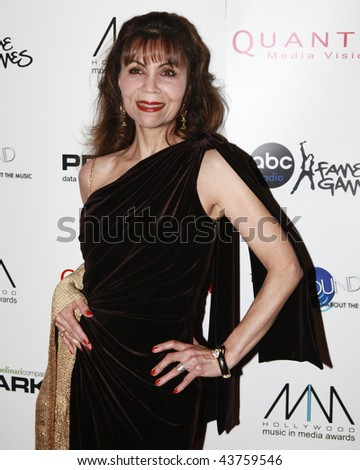 HOLLYWOOD, CA - NOV 19:  PJ Parker and guest attends the 2nd annual  Hollywood Music in Media Awards on November 19, 2009 in Hollywood, California
