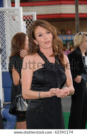HOLLYWOOD, CA- SEPTEMBER 30: Actress Diane Lane arrives on the red carpet for the premiere of Disney Pictures film the 'Secretariat', at The El Capitan Theater in Hollywood on September 30, 2010.