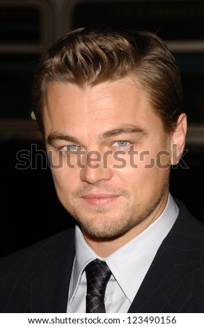 "HOLLYWOOD - DECEMBER 06: Leonardo DiCaprio at the premiere of ""Blood Diamond"" Grauman's Chinese Theatre December 06, 2006 Hollywood, CA."