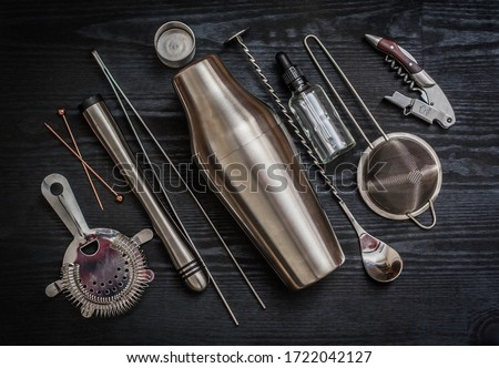 Home cocktail utensils for self made cocktails Foto stock ©