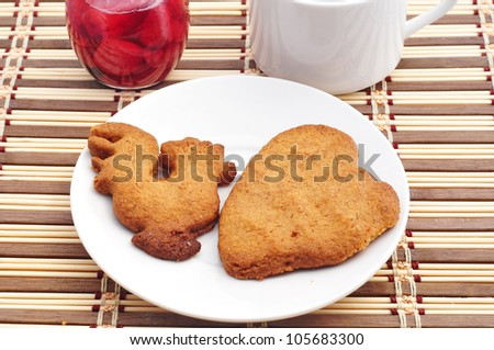 Homemade cookies with milk and jam