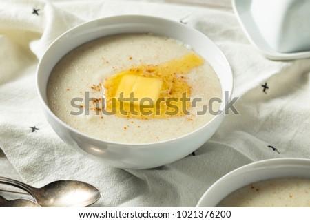 Homemade Healthy Creamy Wheat Farina Porridge for Breakfast Foto d'archivio ©