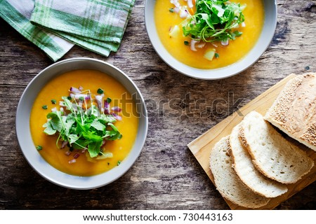 Homemade healthy vegetable soup with some bread