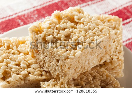 Homemade Marshmallow Crispy Rice Treat in bar form