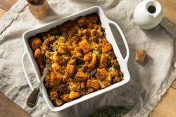Homemade Thanksgiving Oyster Cornbread Stuffing with Thyme