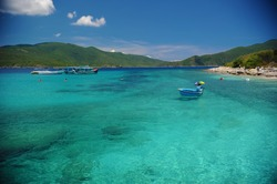 Hon Mun is one of the most poetic islands in the island system of Nha Trang.