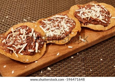 Shutterstock Honduran traditional food: Catrachas