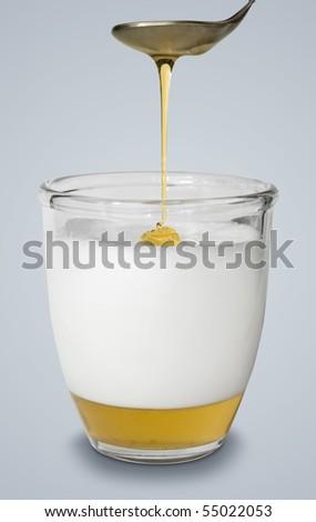 Honey and hot milk alternative flu medicine