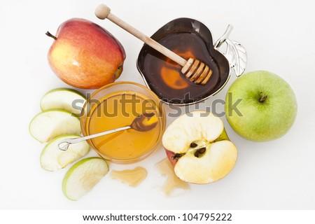 honey with apple for Rosh Hashana � jewish new year