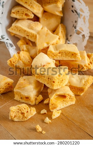Honeycomb or cinder toffee hokey pokey sea foam known by many names and enjoyed around the world Stockfoto ©