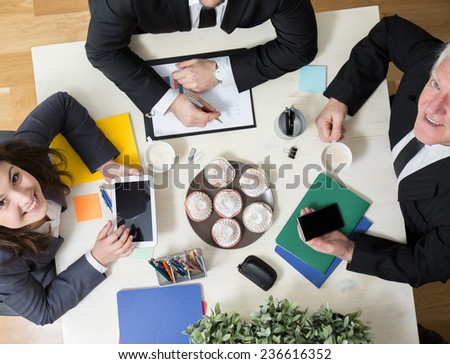 Horizontal view of kindly atmosphere during business meeting