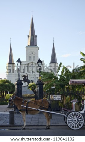 Horse-drawn carriage in front of St. Louis Cathedral, Jackson Square, New Orleans, Louisiana.