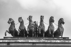 horses on the arch black and white