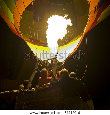 Hot air balloon, lighting phase.