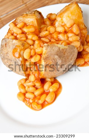Hot and crispy baked potato stuffed with baked beans