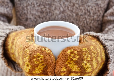 hot chocolate in the hands