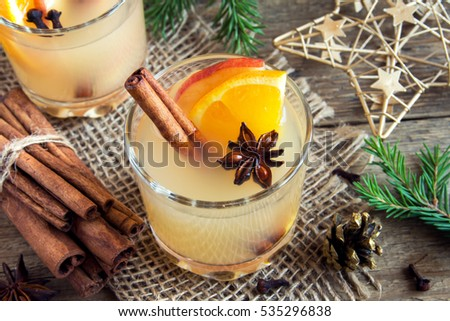 Hot toddy drink (apple orange rum punch) for Christmas and winter holidays - festive Christmas homemade drinks