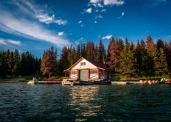 house to rent canoe and kayak at maligne lake