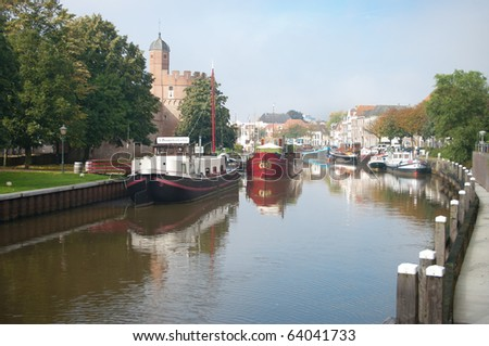 houseboats in canal in zwolle