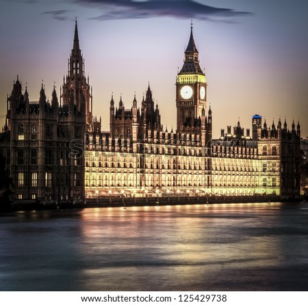 Houses of Parliament and Big Ben in Westminster at dusk, London.