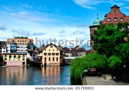 Houses on the water in the Petit France in Strasbourg