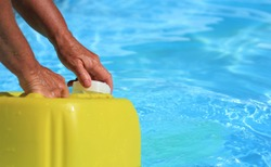 how to shock your pool with chlorine