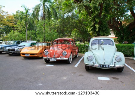 HUA HIN, THAILAND - DEC 15:Volkswagen VW Beetle, vintage cars display in Hua Hin Vintage Cars Parade Festival 2012 at Centara Grand Hotels & Resorts on December 15, 2012 in Hua Hin, Thailand.