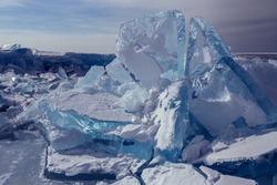 Huge blocks of ice