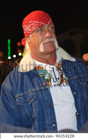 HULK HOGAN at the world premiere, in Hollywood, of Get Rich or Die Tryin'.  November 2, 2005  Los Angeles, CA.  2005 Paul Smith / Featureflash