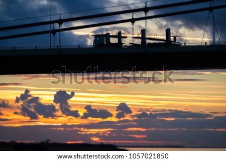 Humber Bridge, Suspension Bridge #1057021850