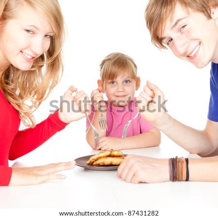 Foto�raf istek ''sofrada yemek bekleyen aile foto�raf� ''