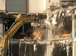 Hydraulic concrete breaker in action