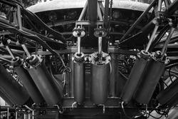 Hydraulic cylinder install in machine