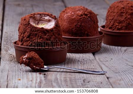 Ice cream, tartufo