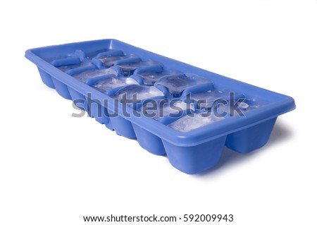 Ice Cube Tray with Ice #592009943