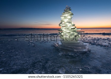 Ice tower at Tihany harbour