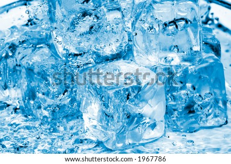 icecubes and fresh water